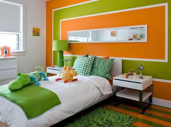 Нежные оттенки зеленого цвета в сочетании с оранжевым помогают создать романтичный интерьер