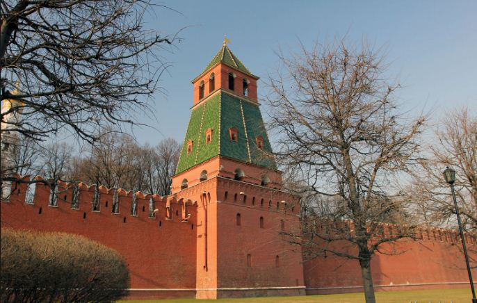 башни кремля