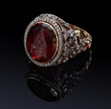 Кольцо с камеей на агате