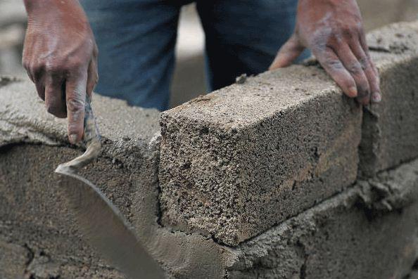 Глина является сырьем для производства цемента