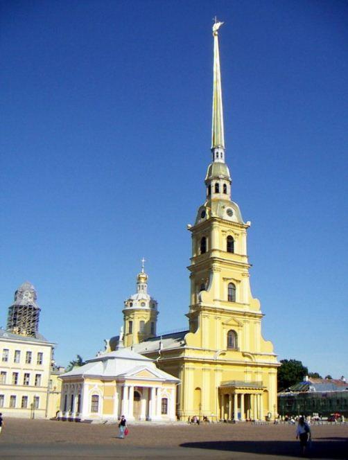 Башня - игла Петропавловского собора