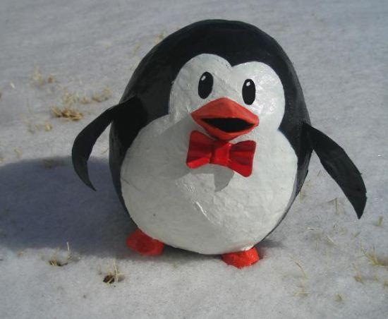Пингвин из папье -маше