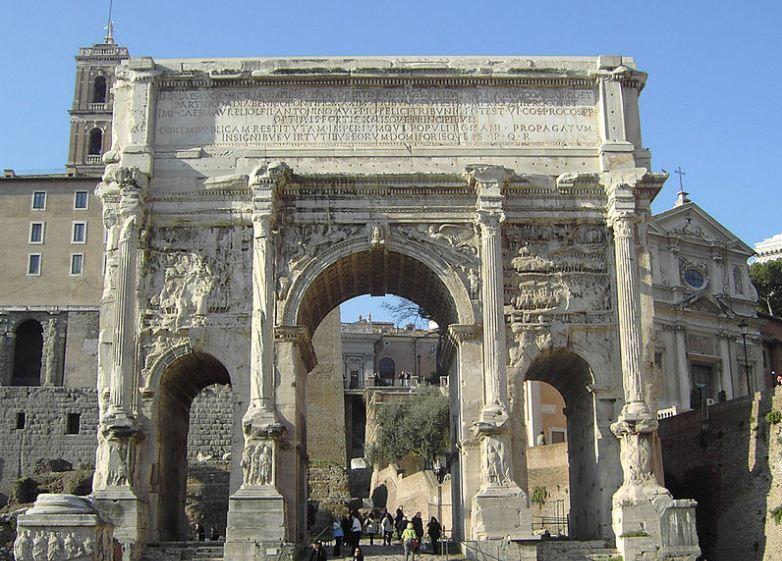 Триумфальная арка Септимия Севера в Риме