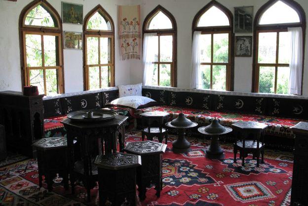 Окна в арабском стиле