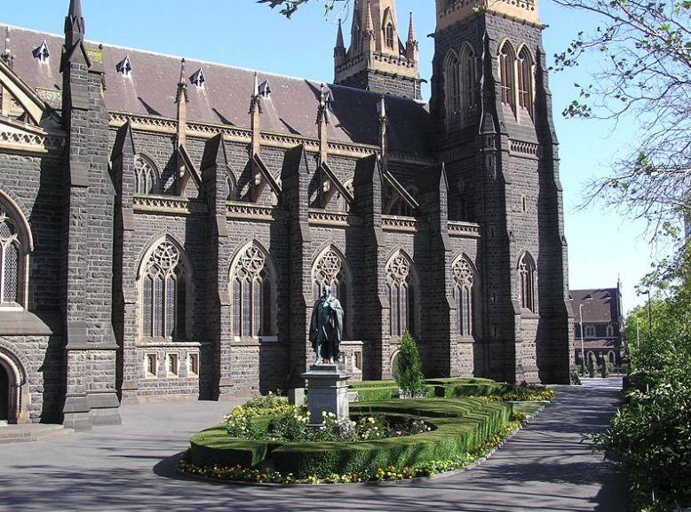 Черты готического стиля в Соборе Святого Патрика