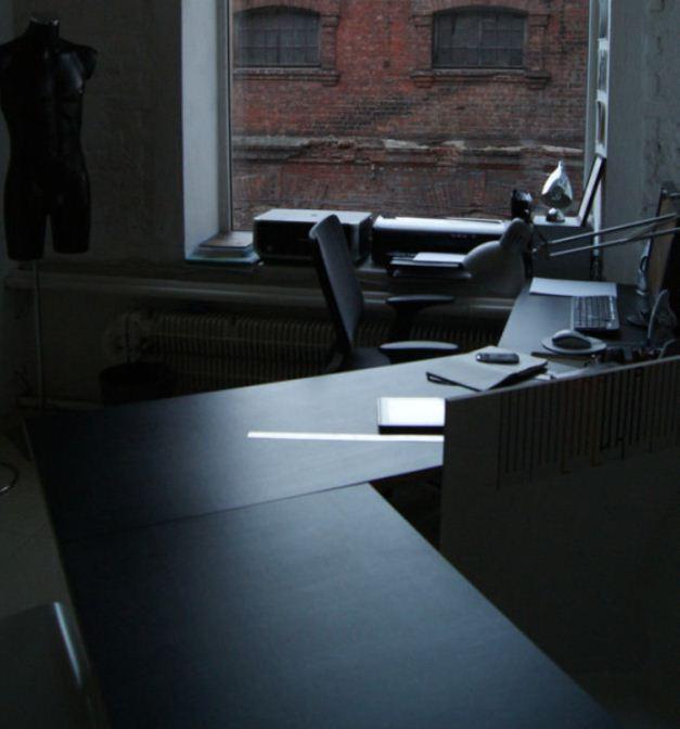 Интерьер рабочего кабинета современного человека