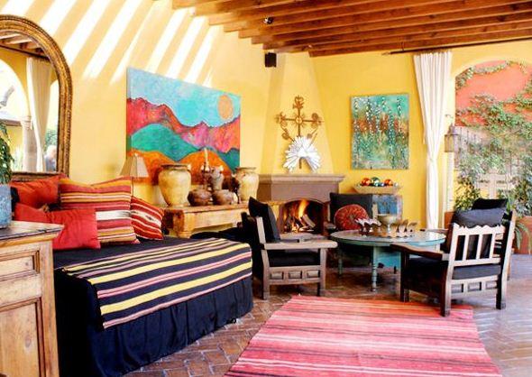 Мексиканский стиль подходит для оформления дачи или загородного дома