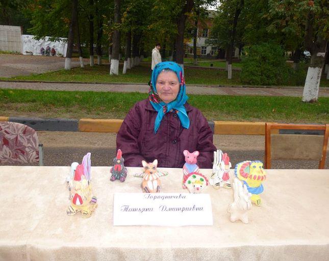 Современная мастерица игрушек из деревни Хлуднево Т. Городничева