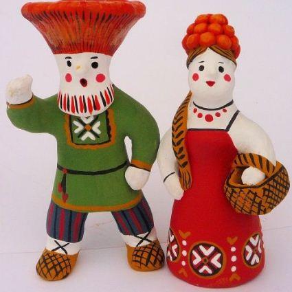 Цветовая гамма каргопольских игрушек характеризуется яркостью чистых цветов