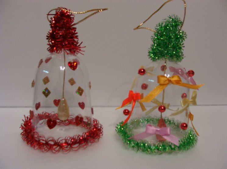Новогодние колокольчики из пластиковых бутылок