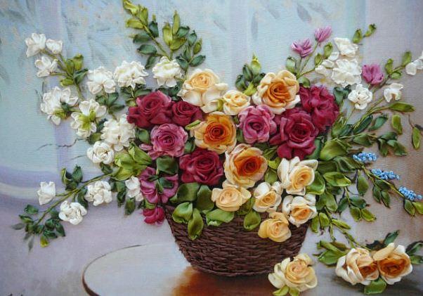 """ Пышный букет цветов вазе"" - вышивка лентами"