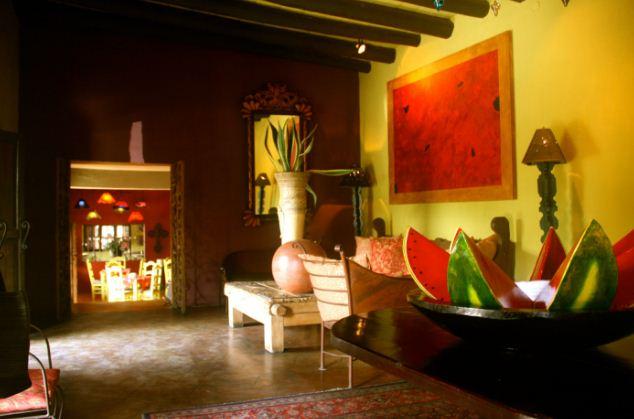 Яркие и сочные краски мексиканского стиля