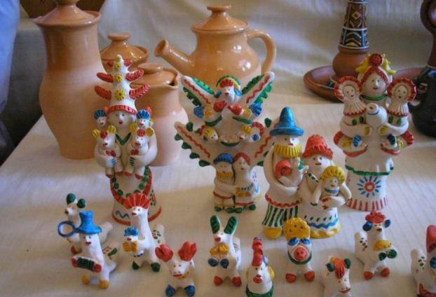Образцы хлудневских изделий из глины