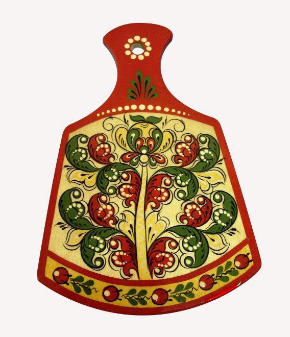 Разделочная доска, украшенная борецкой росписью