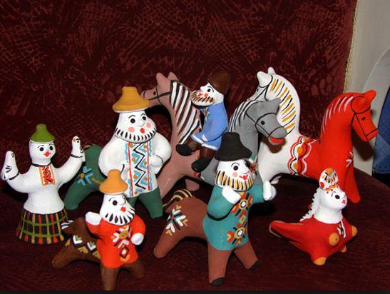Образцы каргапольских игрушек