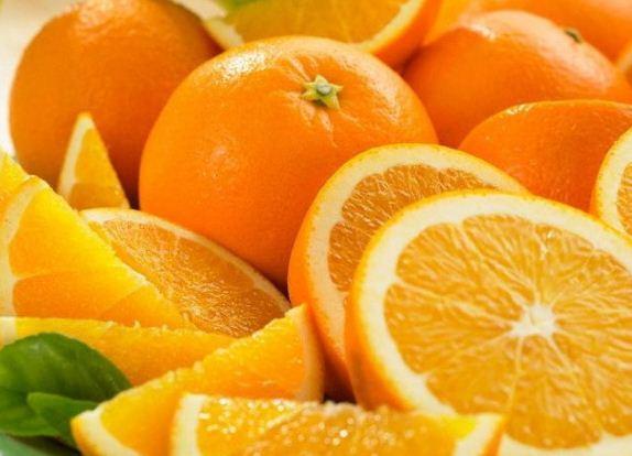 Цвет плода апельсинового дерева