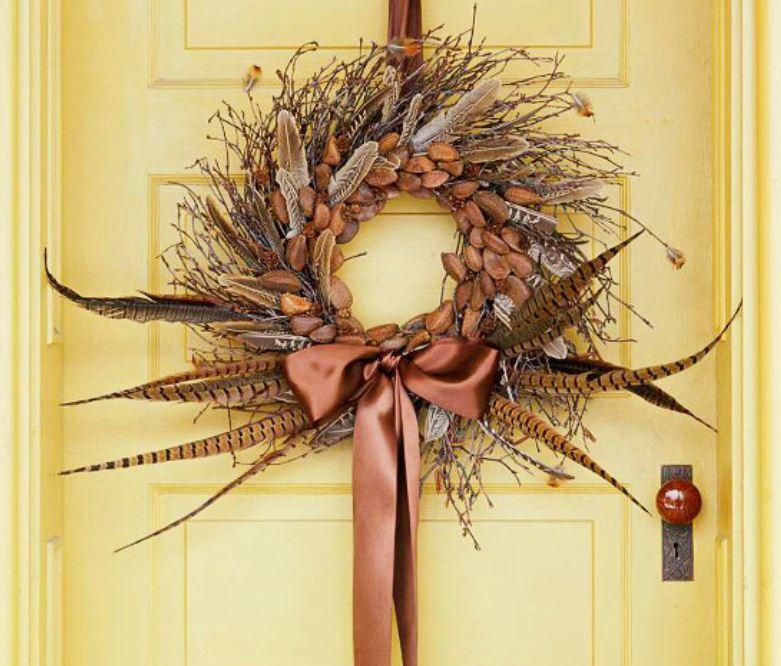 Осенний венок для украшения двери