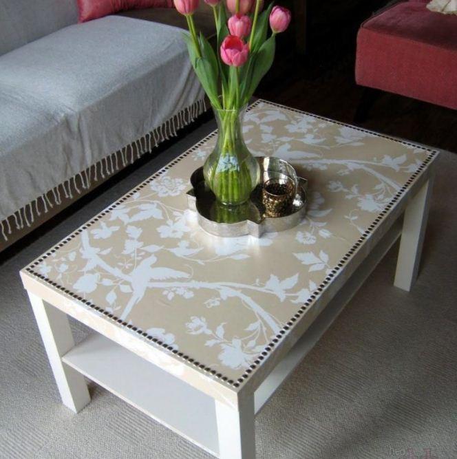 Журнальный столик, декорированный обоями