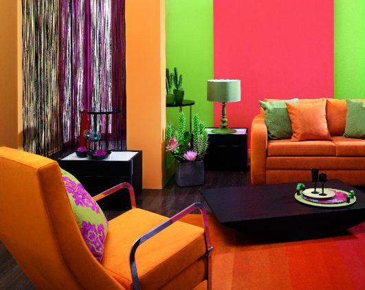 Правильно подобранная комбинация ярких цветов позволяет воплотить интересные интерьерные решения