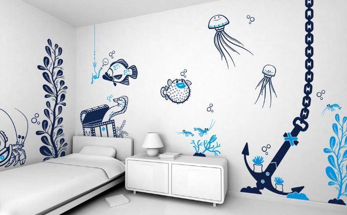 Оформление стен ванной комнаты с помощью трафаретных изображений