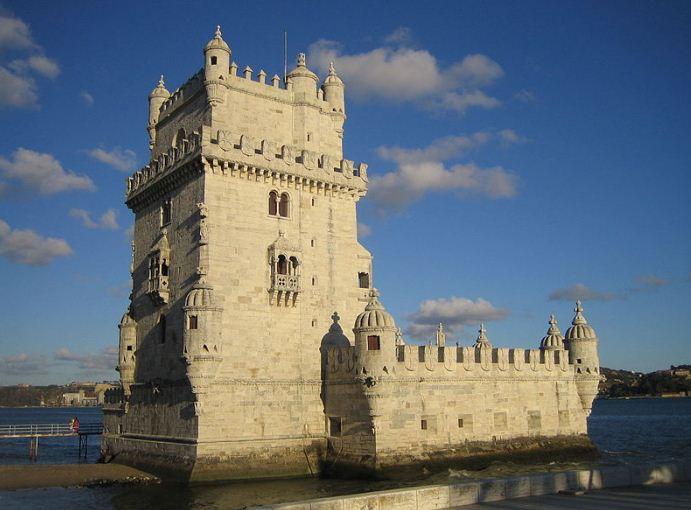 Символ Лиссабона - башня Торри