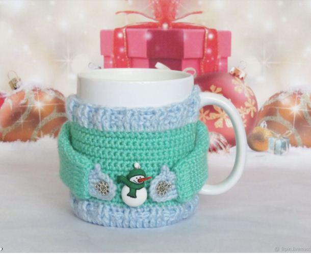 Чашка в зимней одежке