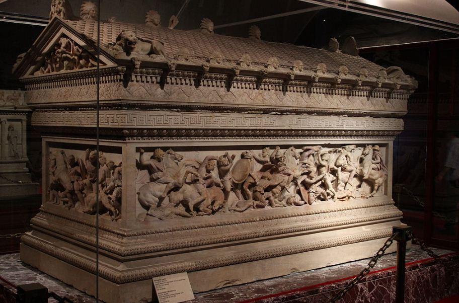 Сидонский саркофаг из мрамора ( Стамбул, Турция)