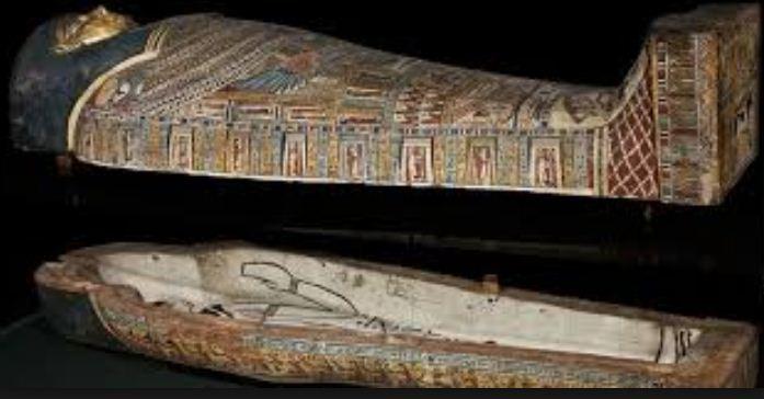 Вот так выглядели саркофаги в Древнем Египте