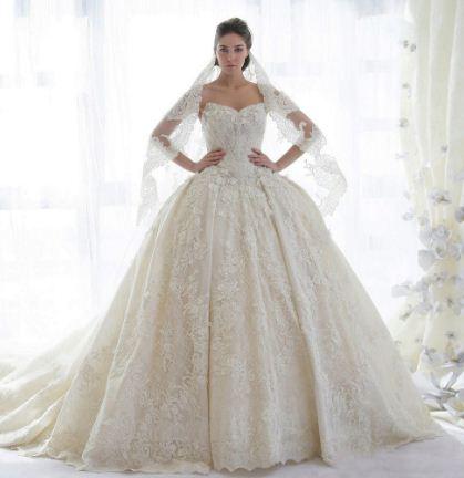 Белое платье - символ чистоты и непорочности
