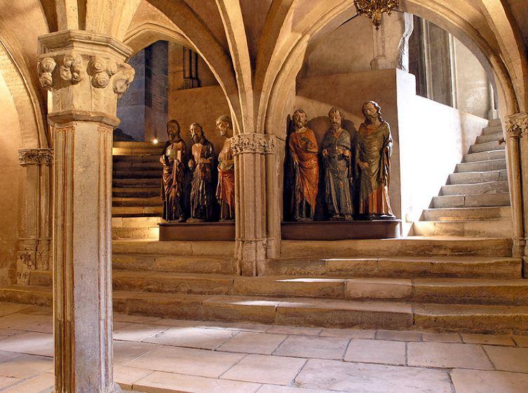 Крипта базилика Святого Сернина в Тулузе ( Франция)