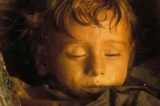 """"""" Спящая красавица"""" из музея смерти в Палермо"""