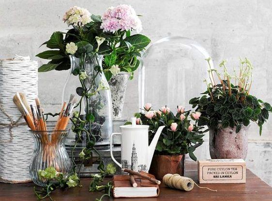 Искусственные цветы не вызывают интереса у животных