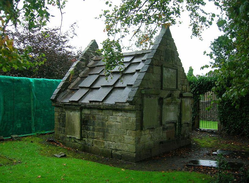 Семейный склеп Брисбенов, XVII век, Ларгс ( Шотландия)
