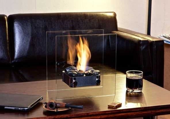 Биотопливный камин можно расположить в любой точке гостиной