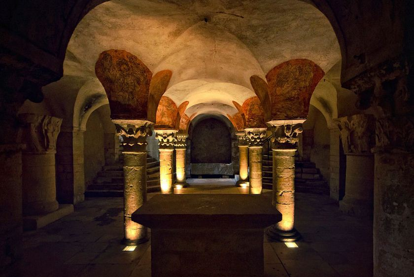 Крипта собора Байё ( Франция)