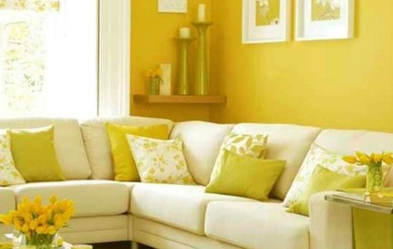Лимонные оттенки в гостиной