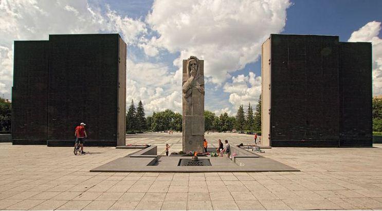 Мемориальный комплекс Славы в Новосибирске