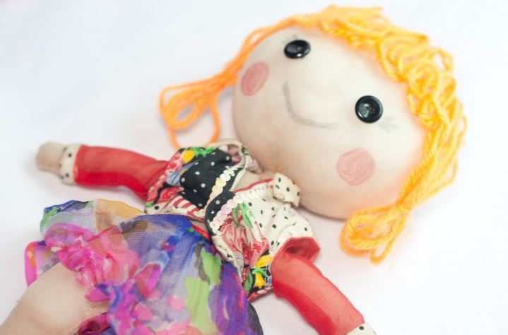 Самобытная кукла, сшитая своими руками