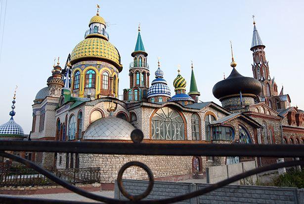 Вселенский храм Ильдара Ханова в 2009 году