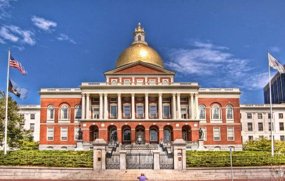Капитолий штата Массачусетс ( район Бикон - Хилл, Бостон)