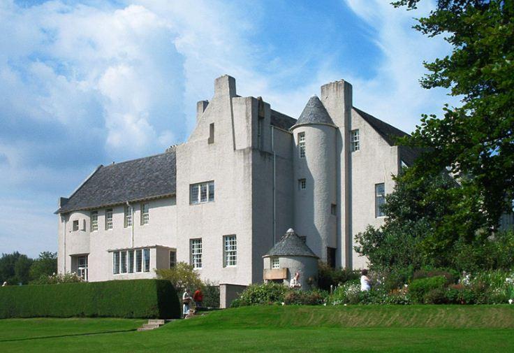 Хилл - Хаус в Хеленсбурге был построен в 1903 году по проекту Чарльза Р. Макинтоша.