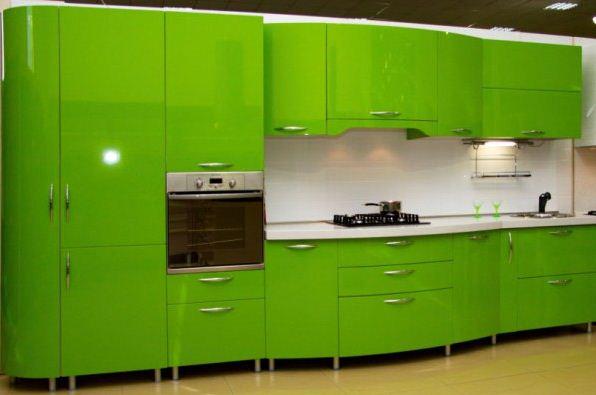 Кухонный гарнитур цвета лайма