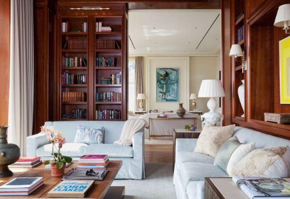 Библиотека является частью гостиной