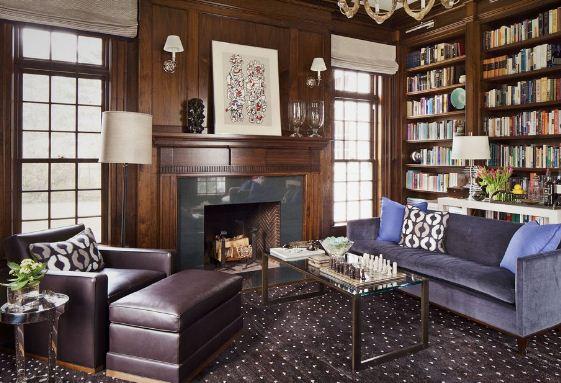 Домашняя библиотека в утонченной классической стилистике