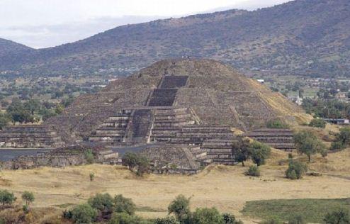 Вавилонская башня - зиккурат Этеменанки в Вавилоне