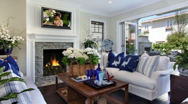 Разграничение зон в гостиной с помощью цветочных композиций