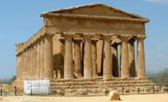 Дорический храм Сегеста в Греции