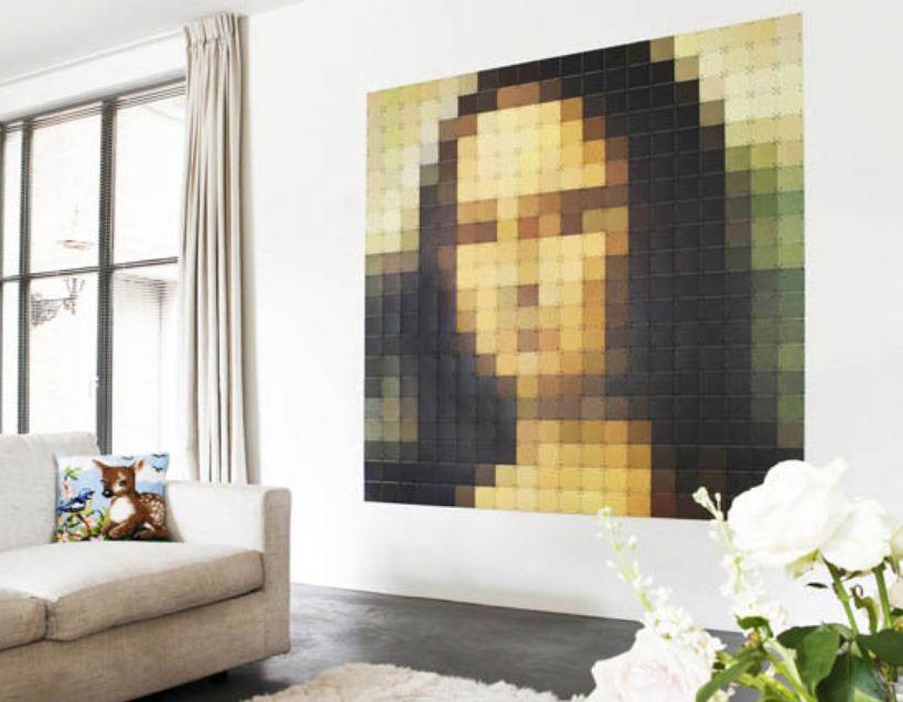 Изображение в технике пиксель - арт, созданное с применением цветовых градаций.
