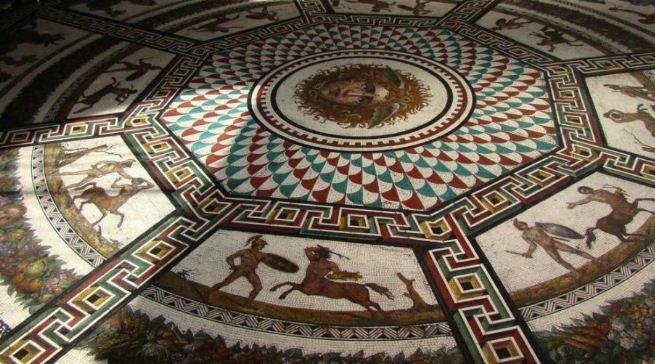Мозаичный пол в Зимнем Дворце