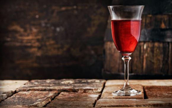 Цвет настоящего красного вина